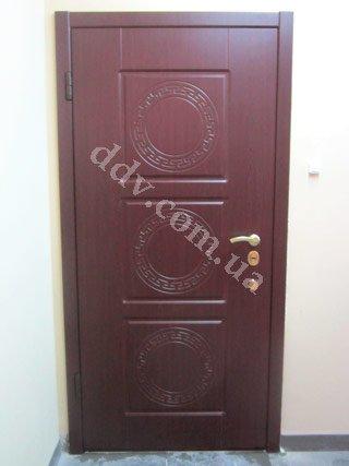 стоимость входной двери
